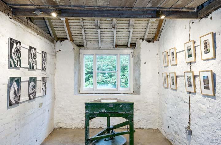 Emmanuel Cooper Exhibition: Old Pottery